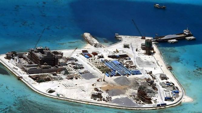 Hoạt động lấp biển xây đảo trên biển Đông của Trung Quốc vẫn đang diễn ra ráo riết