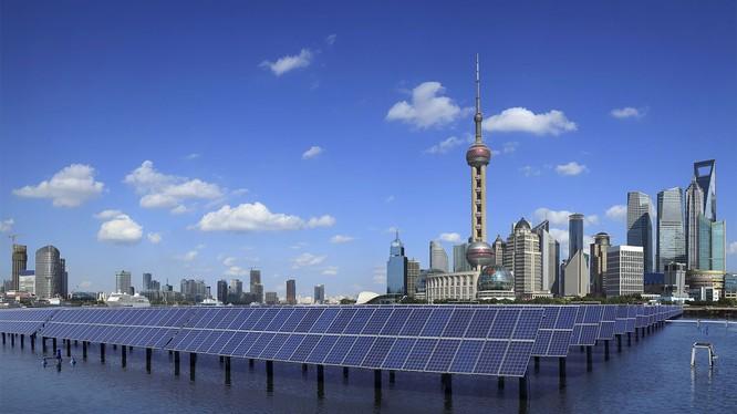 Trung Quốc là nhà sản xuất năng lượng mặt trời lớn nhất thế giới. Nguồn: Digital Trends