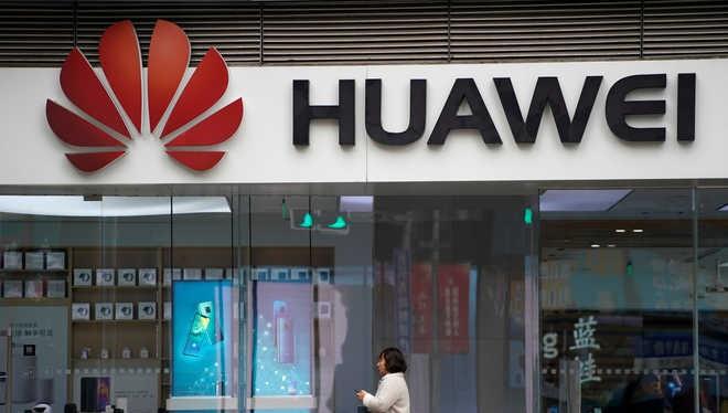 Trước lệnh cấm vận của Hoa Kỳ, Huawei tăng cường tầm ảnh hưởng ở thị trường châu Phi. Ảnh: The Tribune