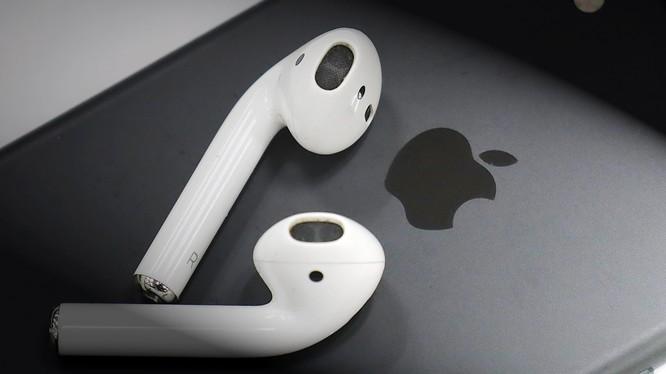Nhà cung cấp của Apple, Goertek sẽ bắt đầu sản xuất thử nghiệm tai nghe không dây AirPod tại Việt Nam. Ảnh: Nikkei Asian Review