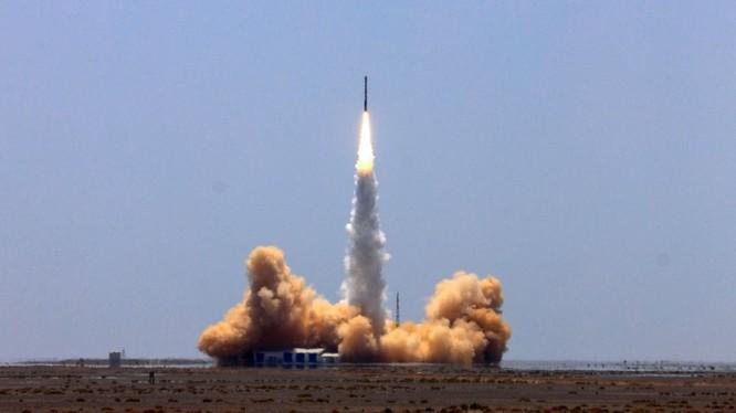 i-Space, một công ty tên lửa có trụ sở tại Bắc Kinh đã trở thành công ty tư nhân đầu tiên của Trung Quốc phóng thành công tên lửa có chứa vệ tinh vào quỹ đạo. .Ảnh: First Post
