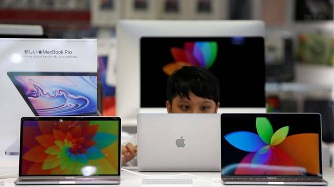 Cuộc điều tra độc quyền mới nhất của Nhật Bản nhằm vào nhà sản xuất iPhone. Ảnh: Reuters