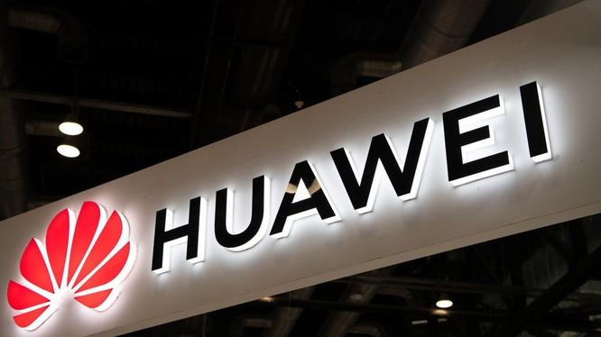 Ascent 910 được cho là đòn đáp trả lại lệnh trừng phạt của Mỹ đối với Huawei đồng thời cũng là nỗ lực thoát khỏi sự phụ thuộc vào công nghệ Mỹ. Ảnh: SCMP