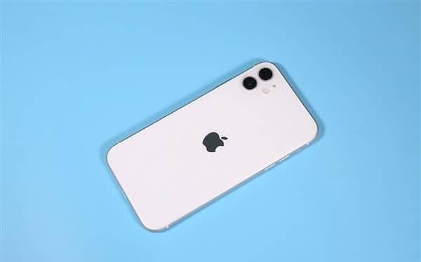 iPhone của Apple chiếm tới 66% lợi nhuận của cả thị trường smartphone toàn cầu. Ảnh: Gizchina