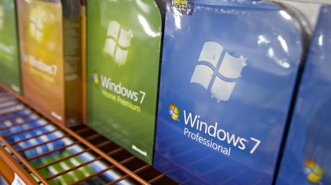 Hàng triệu chiếc máy tính chạy Windows 7 sẽ không được nhận hỗ trợ của Microsoft từ ngày hôm nay. Ảnh: CNBC