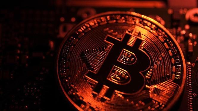 Tiền điện tử Bitcoin lên đỉnh mới. Ảnh: The Intelligencer