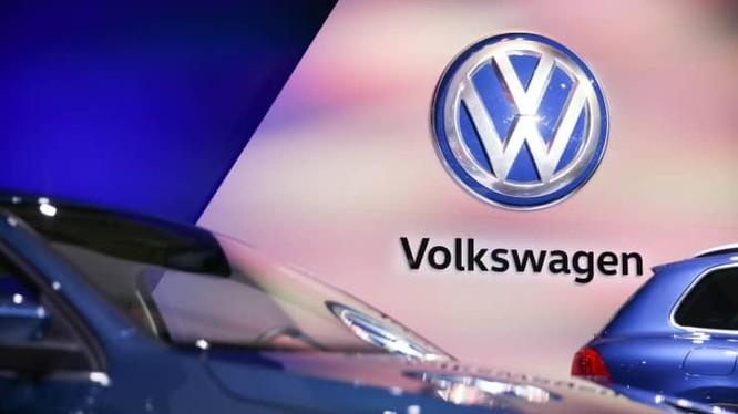 """Nhà sản xuất ô tô Đức Volkswagen sẽ không đổi tên Hoa Kỳ thành """"Voltswagen. Ảnh: CNBC"""