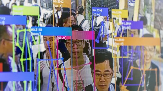 Nhận dạng khuôn mặt được sử dụng khắp Trung Quốc. Ảnh: SCMP