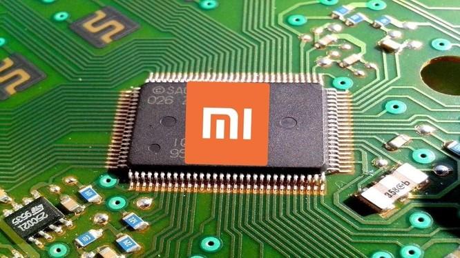 Xiaomi là một trong ít hãng sản xuất smartphone có thêm mảng sản xuất chip. Ảnh: Sina