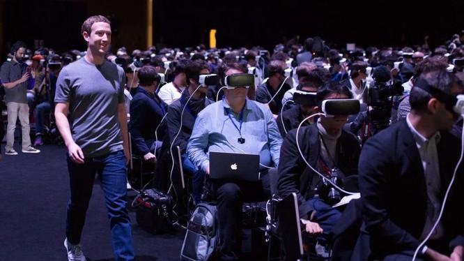 Các thiết bị thực tế ảo là lối dẫn vào thế giới Metaverse.