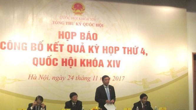 Họp báo công bố kết quả kỳ họp thứ 4, Quốc hội khóa XIV (Nguồn: Quochoi.vn)