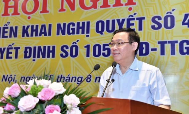 Phó Thủ tướng Chính phủ Vương Đình Huệ chỉ đạo tại Hội nghị
