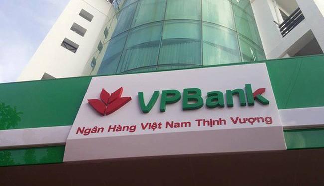 VPBank vừa nhận thế chấp toàn bộ cổ phần của Hoàng Trường vừa là trái chủ của 925 tỷ đồng trái phiếu do công ty này phát hành (Ảnh minh họa - Nguồn: Internet)