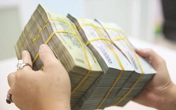 Trong sáu tháng đầu năm 2019, ngân sách nhà nước (NSNN) thặng dư tới gần 80.000 tỉ đồng. Ảnh: THÀNH HOA