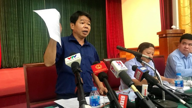Ông Nguyễn Văn Tốn phát biểu trước truyền thông về sự cố nước nhiễm dầu tại một sự kiện diễn ra hôm 15/10/2019 (Ảnh: Internet)