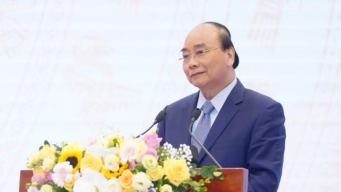 Thủ tướng Nguyễn Xuân Phúc phát biểu tại hội nghị (Ảnh: VGP)