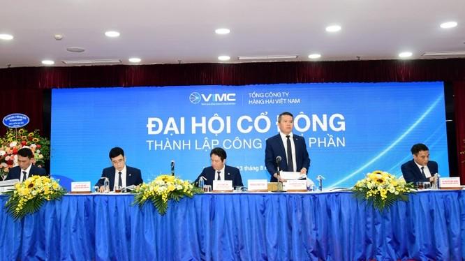 Ông Nguyễn Cảnh Tĩnh phát biểu tại cuộc họp ĐHĐCĐ 2020 của VIMC (Nguồn: CMSC)