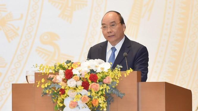 Thủ tướng Nguyễn Xuân Phúc phát biểu kết luận Hội nghị Chính phủ với địa phương sáng 29/12/2020 (Ảnh: VGP)