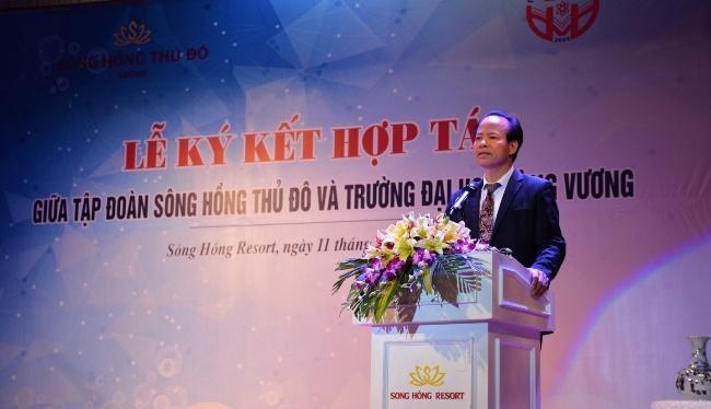 Ông Nguyễn Văn Niên - Chủ tịch Sông Hồng Thủ Đô - từng là Tổng Giám đốc của Tổng Công ty Bến Thành Matxcova (Nguồn: Đại học Hùng Vương)