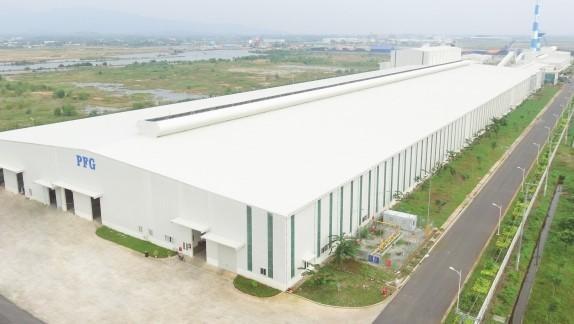Nhà máy sản xuất kinh nổi siêu trắng của PFG