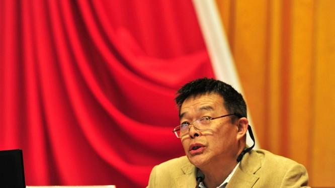 Giáo sư Hồ An Cương: Trung Quốc đã đuổi kịp và vượt qua nước Mỹ