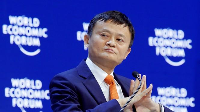 Jack Ma gây bất ngờ khi đột ngột tuyên bố sẽ từ chức Chủ tịch Tập đoàn Alibaba vào năm tới