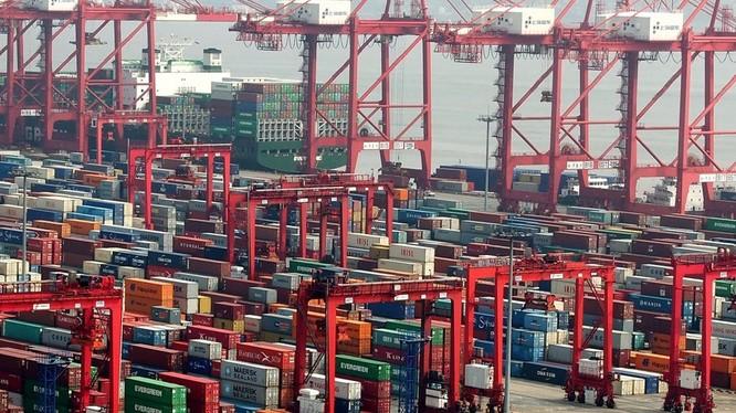 Kinh tế Trung Quốc đang lâm vào tình trạng bi đát do tác động bởi chiến tranh thương mại với Mỹ