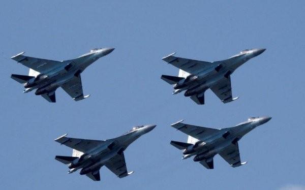 Sự giao lưu,hợp tác quân sự Mỹ - Trung đang có nguy cơ tan vỡ do việc Mỹ trừng phạt việc mua máy bay Su-35 và tên lửa phòng không S-400 của Nga