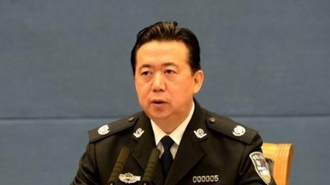 Ông Mạnh Hoành Vĩ trong cảnh phục trên cương vị Thứ trưởng Bộ Công an Trung Quốc
