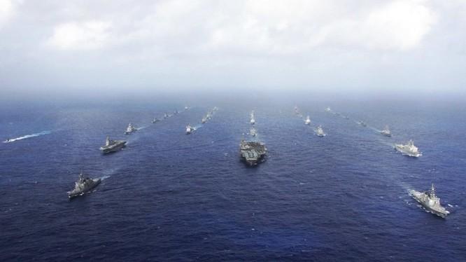 Báo cáo của Ủy ban chiến lược quốc phòng Mỹ cho rằng ưu thế chiến lược của quân đội Mỹ ngày càng mất dần và đã tới mức nguy hiểm.