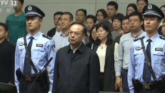 Nguyên Ủy viên Bộ Chính trị khóa 18, Bí thư thành ủy Trùng Khánh Tôn Chính Tài là quan tham cấp cao nhất bị xét xử trong năm nay.