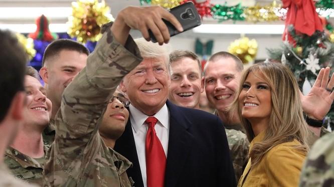 Chuyến thăm bí mật tới Iraq của vợ chồng ông Donald Trump gây nên nhiều rắc rối.
