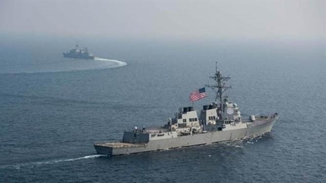 Mỹ bất ngờ đưa hai tàu chiến vào eo biển Đài Loan sau khi quân đội Trung Quốc tăng cường hoạt động quanh Đài Loan.