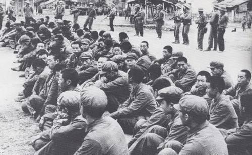 Đại đội 8, Tiều đoàn 2, Trung đoàn 448, Sư đoàn 150, Quân đoàn 50, Đại quân khu Thành Đô sau khi đầu hàng tập thể quân dân Cao Bằng.