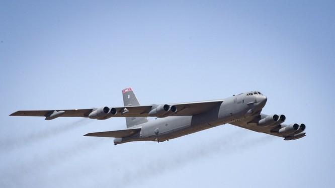Việc Mỹ cùng lúc triển khai tới 6 chiếc máy bay ném bom chiến lược B-52H tới châu Âu là một động thái bất thường.