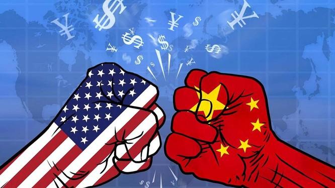 Với tuyên bố tái đánh thuế hàng hóa Trung Quốc của ông Donald Trump, cuộc chiến thương mại Trung - Mỹ có nguy cơ tái diễn.