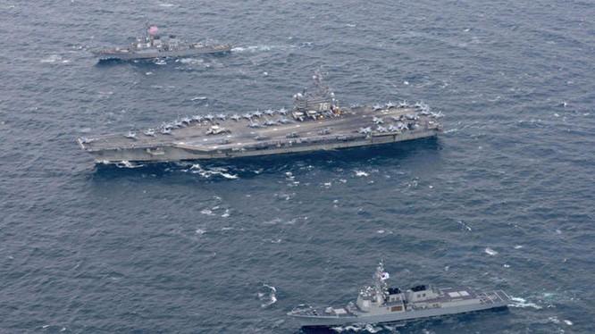 Cụm tàu sân bay USS Ronald Reagan vào Biển Đông trong thời điểm nhạy cảm