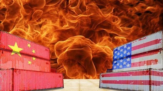 Cuộc chiến thương mại Mỹ - Trung leo thang trở lại sê gây tổn hại cho kinh tế thế giới và ngành sản xuất toàn cầu. Ảnh: China Times
