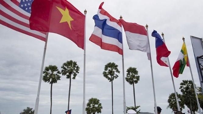 Lễ khai mạc cuộc diễn tập chung hải quân Mỹ - ASEAN tại căn cứ Sattahip, chiều 2/9. Ảnh: Đông Phương