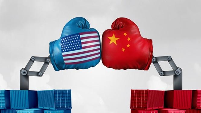 Cuộc chiến thương mại đã khiến quan hệ Mỹ - Trung ở vào tình trạng rơi tự do. Ảnh: Ifeng