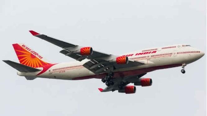 Thủ tướng Pakistan quyết định không cho chuyên cơ của Tổng thống Ấn Độ Kovind bay qua không phận khiến quan hệ hai bên càng căng thẳng thêm. Ảnh: Sohu