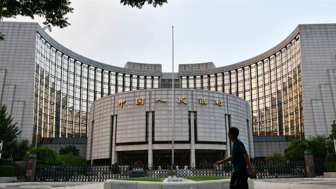 PBOC đã quyết định hạ tỷ lệ dự trữ bắt buộc để kích thích kinh tế. (Ảnh: Sina)