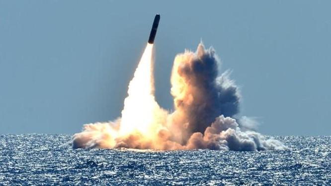 Việc Mỹ phóng thử 4 tên lửa Trident II D5 từ tàu ngầm vào các ngày 4 và 6 tháng 9 được cho là nhằm gây sức ép với Nga. Ảnh: Toutiao
