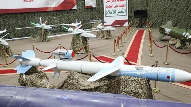 Các loại máy bay không người lái và tên lửa hành trình Quds của lực lượng Houthi được cho là đã sử dụng để tấn công các mỏ dầu của Ả rập Saudi hôm 14/9. Ảnh: Sohu