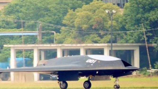Máy bay không người lái tàng hình Lijian sẽ xuất hiện tại cuộc diễu binh ngày 1/10?