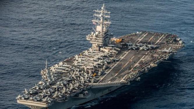 Tàu sân nay USS Ronal Reagan vào Biển Đông trước ngày Quốc khánh khiến phía Trung Quốc tức giận.