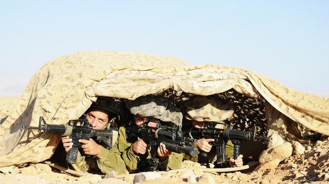 Các nữ binh Israel sát cánh cùng các nam đồng nghiệp đảm đương mọi nhiệm vụ trong quân đội