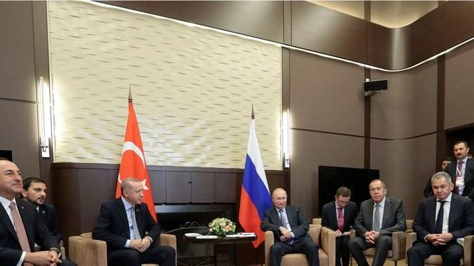 Thỏa thuận đạt được trong cuộc hội đàm giữa hai tổng thống Nga và Thổ Nhĩ Kỳ chính là chìa khóa để thực hiện ngừng bắn và đem lại hòa bình ở miền Bắc Syria.