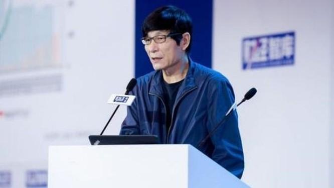 Ông Chu Vân Lai phát biểu: không thể dựa vào việc liên tục in tiền để kéo kinh tế ra khỏi vũng lầy.