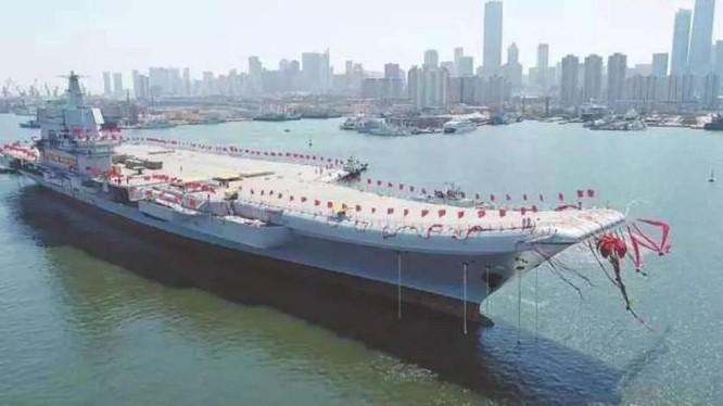 Tàu Sơn Đông được chính thức đưa vào biên chế của Hải quân Trung Quốc hôm 17/12.
